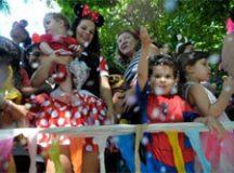 Os pais também devem estar atentos às regras de cada estado para a participação de crianças em eventos. Foto: Arquivo/Agência Brasil