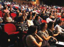 Mais de 270 pessoas participaram do encontro no Clara Nunes. Foto: Thiago Benedetti/PMD