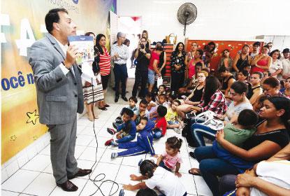 Prefeitura de Mauá entrega kit pedagógico para incentivo à leitura
