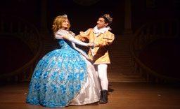Adaptação de Nando Britto para o infantil 'Cinderella' será apresentada amanhã (18), no Teatro Municipal. Foto: Divulgação