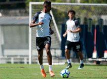 Bruno Henrique deve retornar no banco de reservas. Foto: Ivan Storti/Santos FC