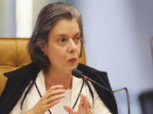 Cármem Lúcia evitou sentar na cadeira de Michel Temer, não se deixou fotografar pela imprensa. Foto: Arquivo