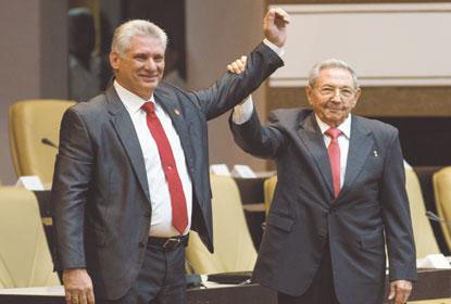 Miguel Díaz-Canel assume governo de Cuba, mas Raúl Castro não deixa poder