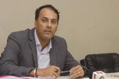 Câmara de Mauá aprova afastamento de Atila Jacomussi por até 30 dias