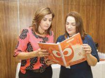 Secretárias Regina Maura e Janice Paulino; prefeitura firma parceria com Coruja Educação e Instituto ABCD, que vão aplicar R$ 2,5 milhões até 2020. Foto:  Divulgação/PMSCS