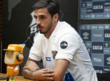 Ruiz não quer saber de polêmica com Gabigol pela camisa 10. Foto: Ivan Storti/Santos FC