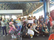 Cerca de 20 mulheres  se reuniram no Terminal em apoio à amamentação. Foto: Reprodução/Facebook