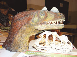 """Exposição """"Mesozoica – A Era dos Dinossauros"""" está no Parque Celso Daniel, em Santo André"""