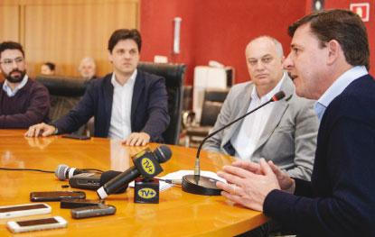 Prefeitura de São Bernardo substitui frota e terá serviço de aplicativo