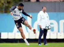 Gabriel Barbosa repetiu treino de finalizações ontem. Foto: Ivan Storti/Santos FC