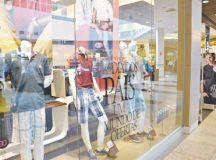 Vendas mostraram consumidores cautelosos com os gastos. Foto: Luciano Claudino/Código19/Folhapress