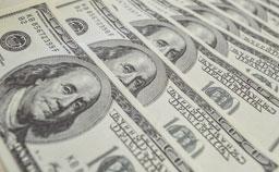 Dólar passa de R$ 4 com divulgação de pesquisas eleitorais