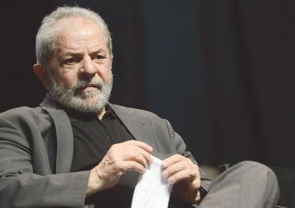 Para evitar que STF discuta sua candidatura, Lula abre mão de pedido de liberdade