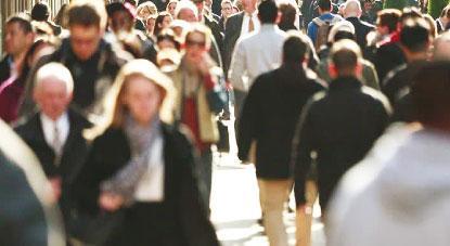 Creches e igualdade salarial são propostas mais comuns ao eleitorado feminino