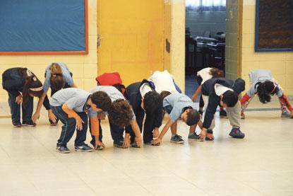 Profissionais estimulam concentração de estudantes e promovem saúde nas escolas de Santo André