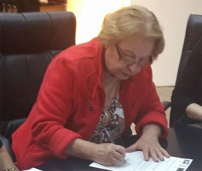 Prefeito de Mauá revoga decreto e pede 'desculpas por constrangimento' causado por Alaíde Damo