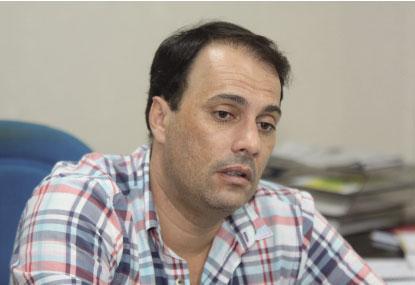 Atila Jacomussi vai revogar  calamidade financeira
