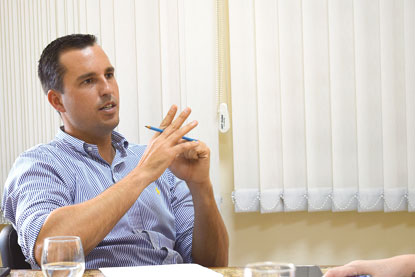 Michels dá continuidade às trocas no primeiro  escalão e substitui secretária de Comunicação