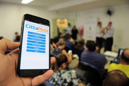 Diadema lança aplicativo para auxiliar deficientes visuais no transporte coletivo
