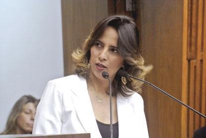 Justiça decreta prisão preventiva de Elian Santana, que segue presa