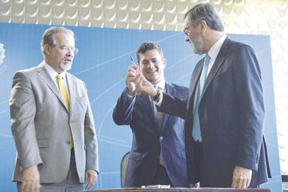 Sergio Moro: 'Brasil jamais será porto seguro para criminosos'