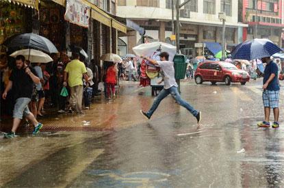 Cidades contabilizam prejuízos após fortes chuvas