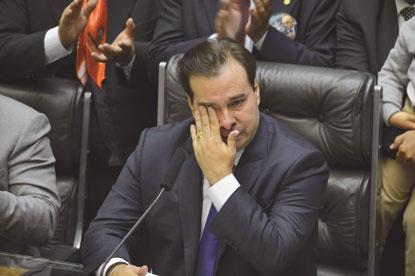 Maia é reeleito presidente da Câmara Federal com 334 votos