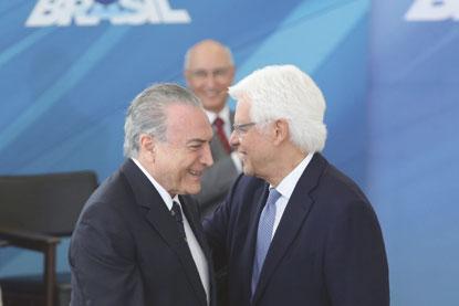MPF denuncia Michel Temer e Moreira Franco por corrupção