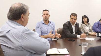 Michels apresenta propostas ao governo do Estado para garantir novo hospital municipal