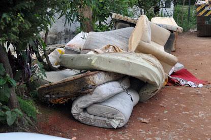 Projeto do Semasa vai transformar sofás velhos em oportunidade de trabalho para andreenses