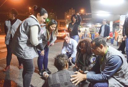 Em São Bernardo, Operação Cobertor que Salva intensifica abordagens a moradores de rua
